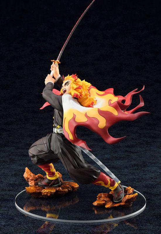 Demon Slayer Kimetsu no Yaiba: Kyojuro Rengoku (Complete Figure)